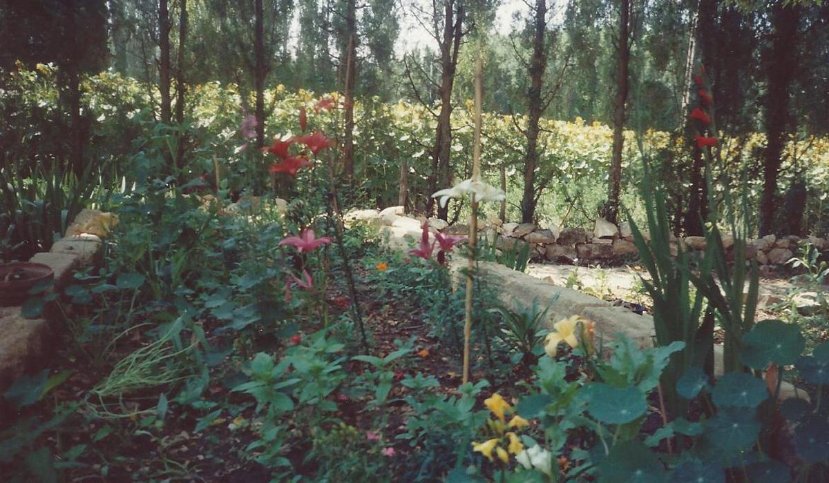 Autonomie Résilience La ferme de la Couronne Le petit Jardin